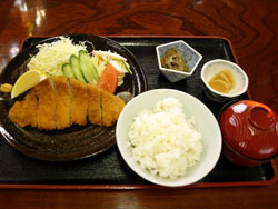 カツ定食 1,200円